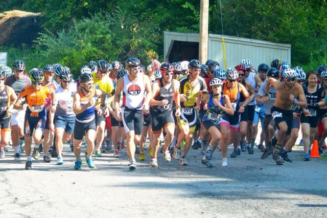 Competitors at the start of the 2014 Church Tavern Biathlon.