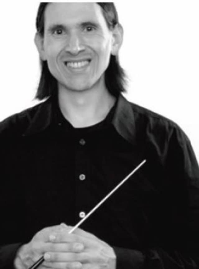 """The Westchester Oratorio Society, under the direction of Benjamin Niemczyk, begins its 2012-13 season Sunday with """"Songs of Solace."""""""