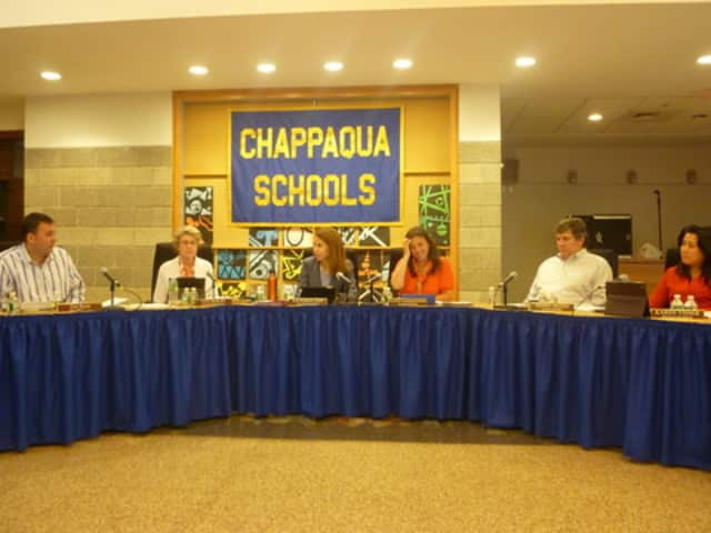 The Chappaqua Board of Education voted to approve the the 2016-2017 School Calendar.