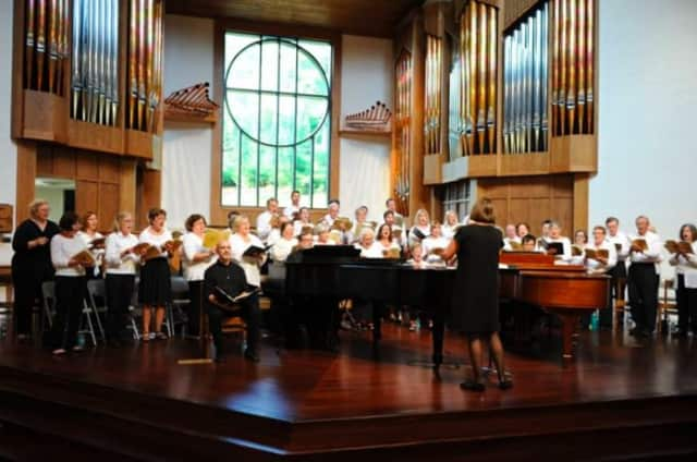 """The 2014 Summer Chorus performance of Mendelssohn's """"Elijah"""" at St. Matthew's Episcopal Church in Wilton, which featured a two-piano orchestration of the oratorio by artistic director David H. Connell."""