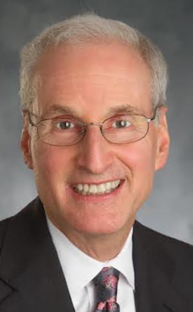 Scott Hayworth is the President and CEO of Mount Kisco Medical Group.