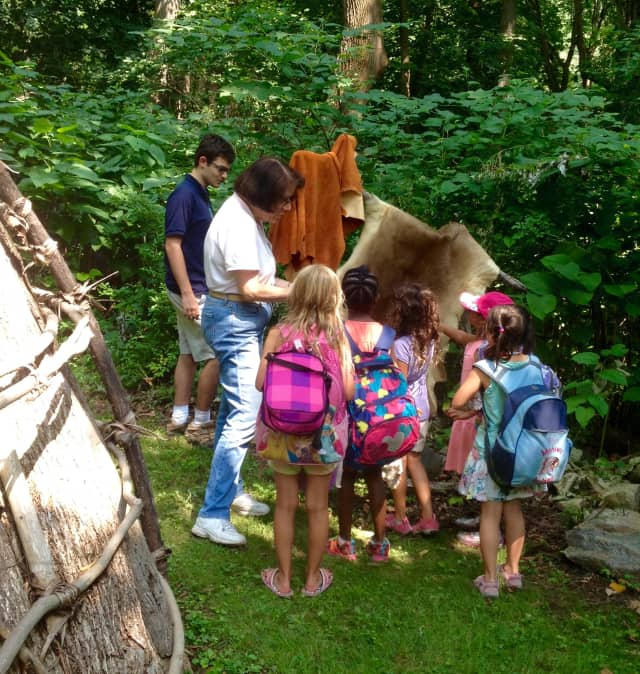The Weinberg Nature Center is hosting weekly educational nature programs for children throughout the fall.