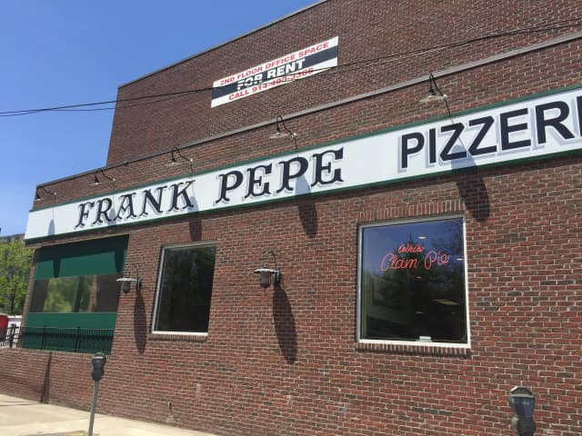 The clam pie at Frank Pepe Pizzeria in Yonkers is among Peter X. Kelly's favorite pizzas.