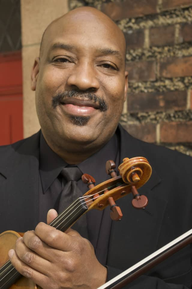 Ashley Horne will headline the final summer concert in the Katonah Museum of Art's Sculpture Garden along with the Harlem Chamber Players.