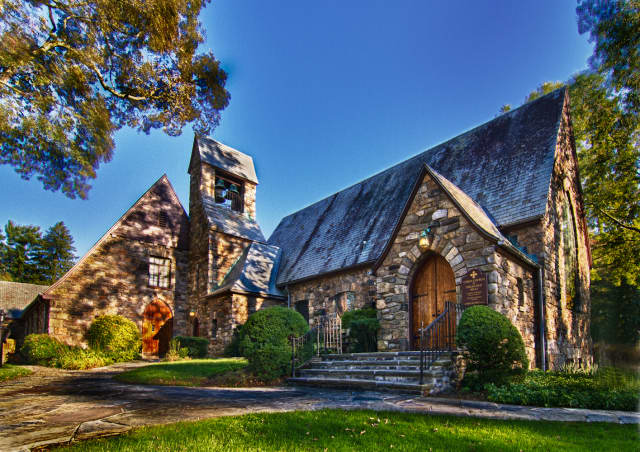 The Union Church of Pocantico Hills will offer free tours Sunday.