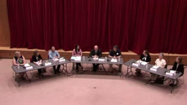The second meeting in a series of roundtable discussions at the Chappaqua library focused on empty nesters in New Castle.