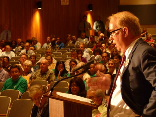 One of several meetings that drew a large turnout of White Plains residents, many of them opposed to redevelopment of the Ridgeway Country Club into a private school. White Plains Common Council is expected to take a final vote on Wednesday.