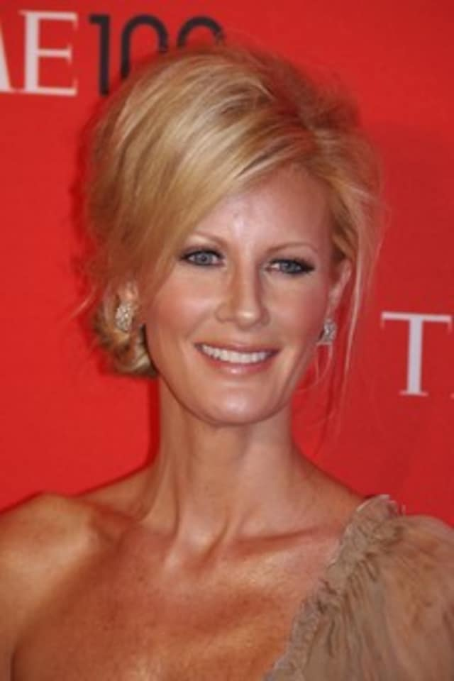 Sandra Lee, girlfriend of Gov. Andrew Cuomo, has been hospitalized with post-surgery complications after a double mastectomy.