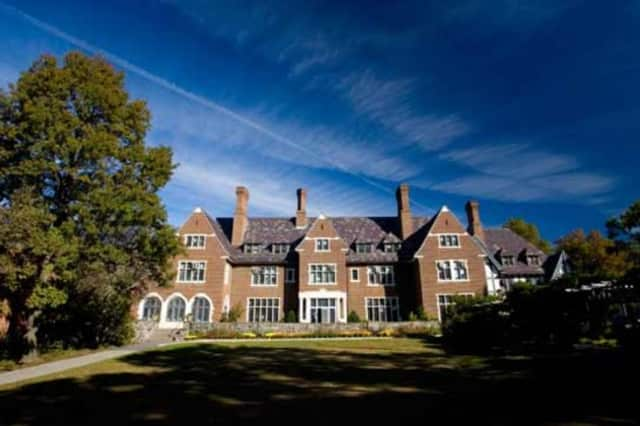 Sarah Lawrence College is included in the Princeton Review's list of 380 best colleges in the U.S.