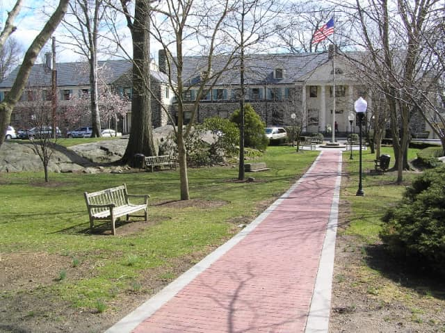 Eastchester's bond rating was increased by Moody's Investor's Services.