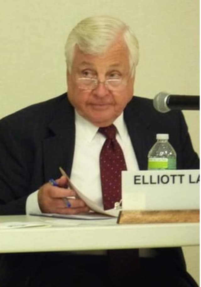 Westport School Superintendent Elliott Landon plans to retire at the end of the 2015-16 school year.