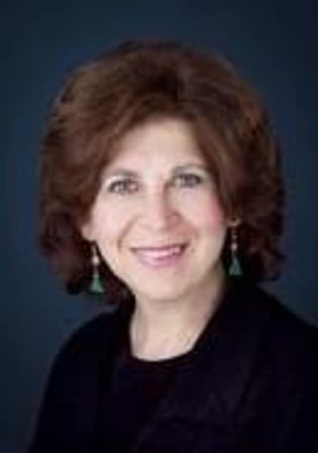 Psychic Joan Carra