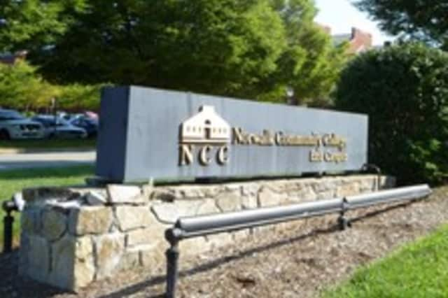 Norwalk Community College will offer a 39-session EMT Basic Course.
