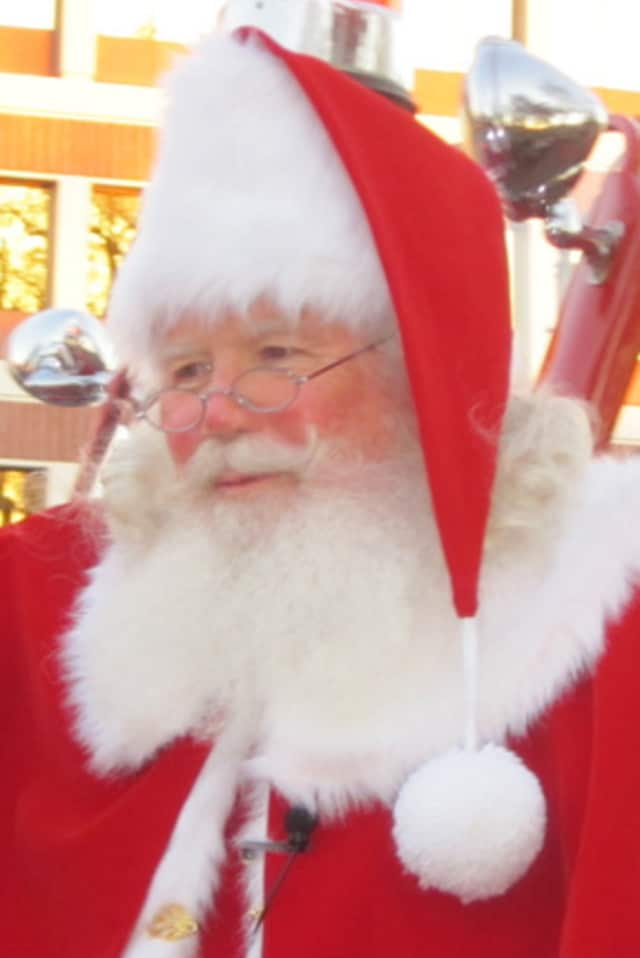 "Tarrytown and Sleepy Hollow kids can meet Santa on Saturday at the annual ""Breakfast with Santa"" event."