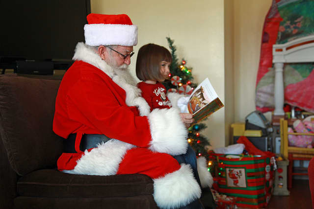 Little ones will have the chance to meet Santa Claus and have their picture taken at the Holy Name of Mary Montessori School's annual fundraiser breakfast Saturday.