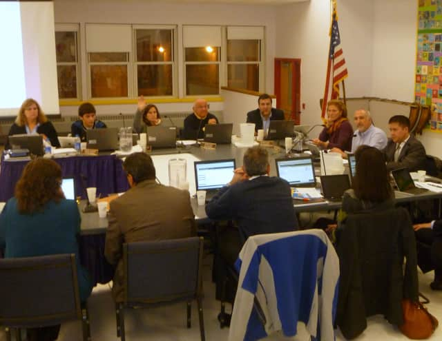 The Katonah-Lewisboro School Board will form a committee to examine the most efficient way to utilize its buildings.