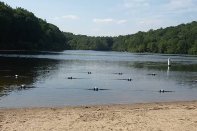 Fairfield's Lake Mohegan is one of the outdoor spaces closed due to COVID-19