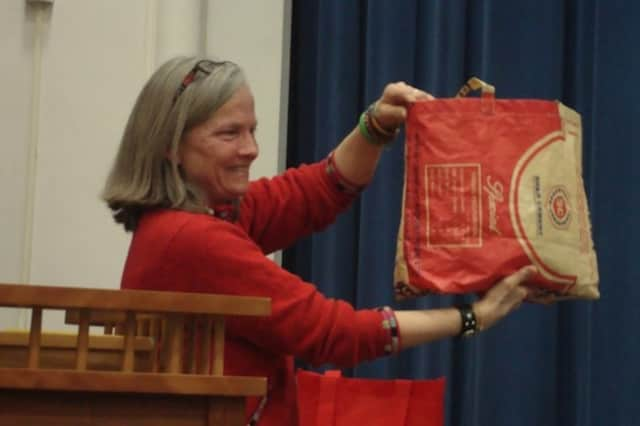 Nina Miller of Choose to Reuse in Darien urges residents to shop with reusable bags instead of plastic bags.