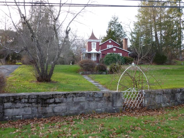 The 1.5-acre property at 127 Fillow St. in Norwalk where a proposed 30,000-square-foot Islamic mosque and community center would reside.