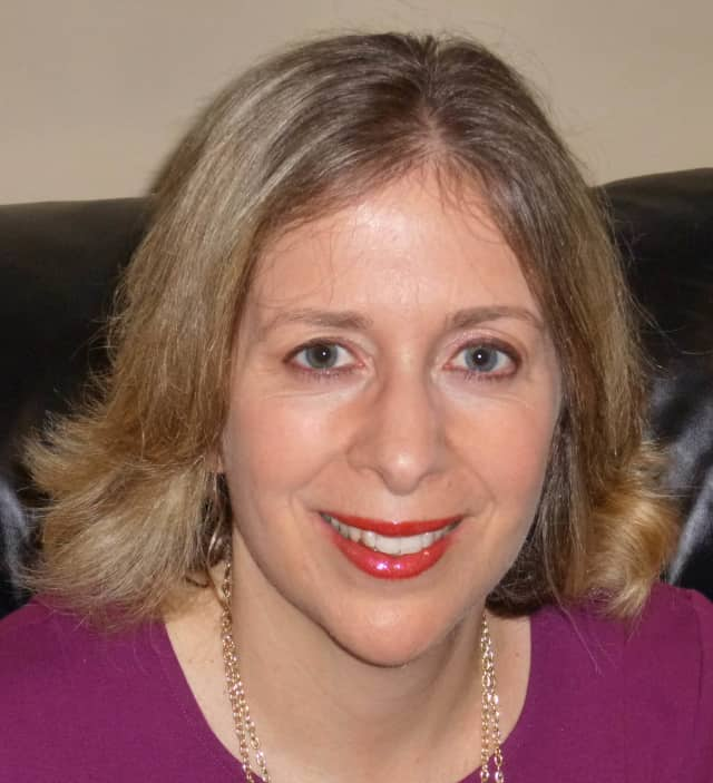 Scarsdale psychologist Caren Baruch-Feldman will have two discussions about keeping New Year's resolutions.