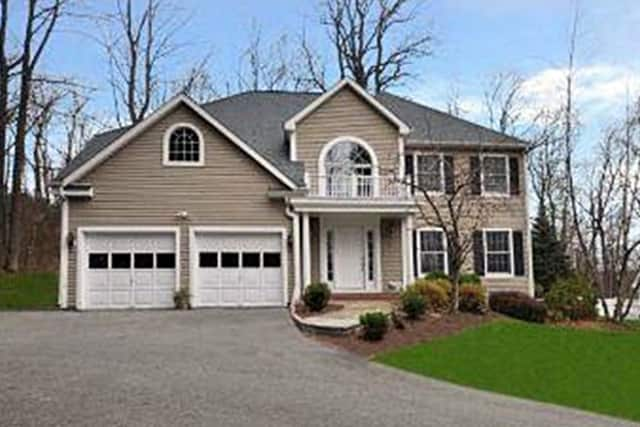 This single family home on Barnum Place in Ridgefield has four bedrooms and sold for $650,000.