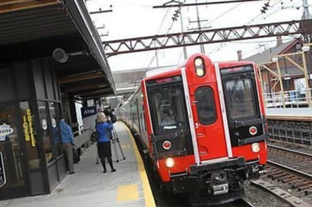 Metro-North is reporting signal delays in Stamford.