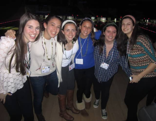 Juniors Betsey Goldwasser, Rachel Zive, Hayley Wolf, Hannah Prince, Lael Franco and Julia Weisman pose for a picture at the White Plains Bowl.