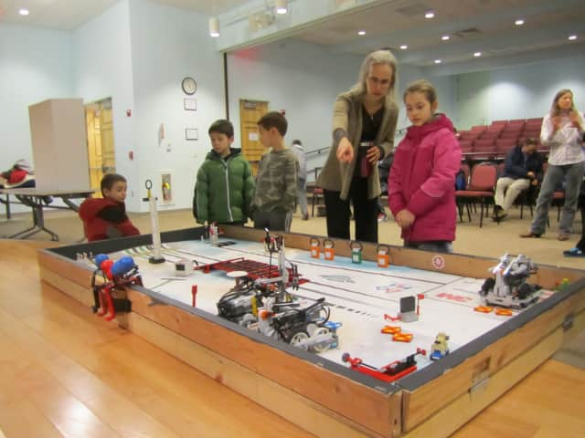 Students can enjoy a STEAM program Jan. 9 at the Glen Rock Library.