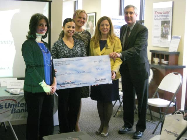 The People's United Community Foundation awarded $5,000 to the Hispanic Resource Center of Larchmont and Mamaroneck.