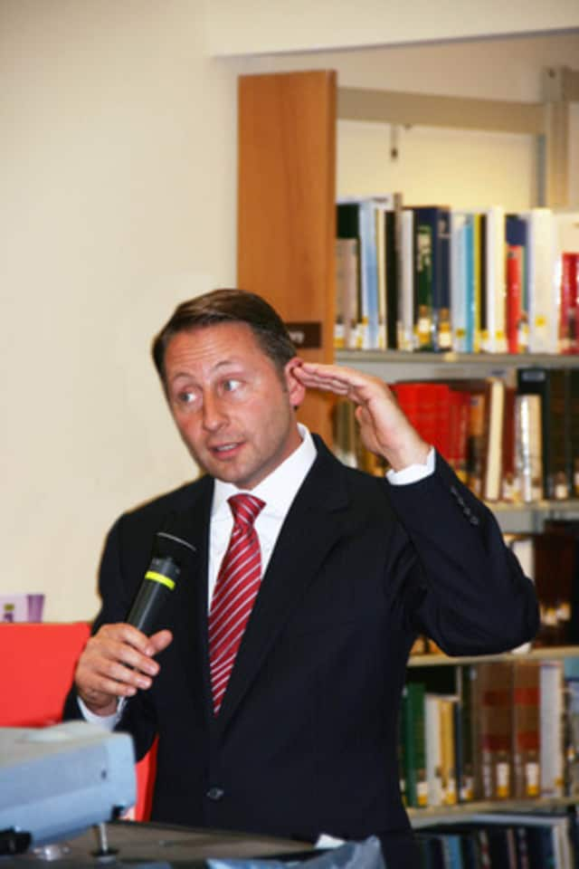 Westchester County Executive Rob Astorino will hold a town hall meeting at Somers Middle School on Wednesday.