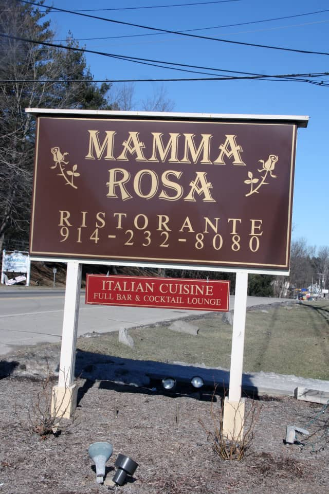 The North Salem Chamber of Commerce meets Tuesday at Mamma Rosa.