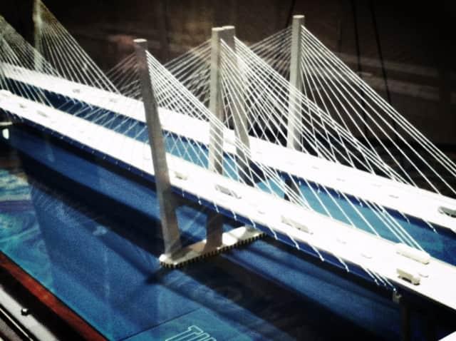 Peter Sanderson will lead the team building the $3.9 billion bridge across the Hudson River.