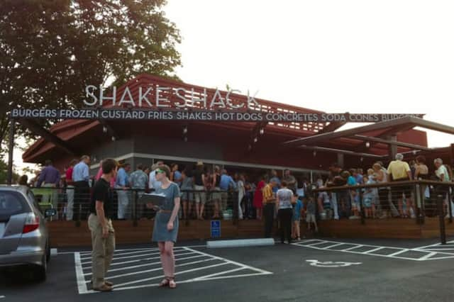 Shake Shack has filed applications with Darien to move forward in its effort to open in town.