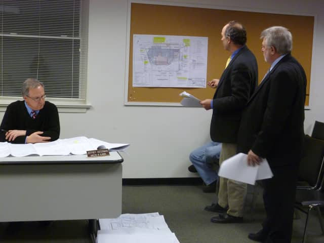 On Tuesday, the Bedford Planning Board approved Splash Car Wash's move from 527 N. Bedford Road to the former Carvel site across the street. Approval was given after copious discussion with the town's boards since Splash's lease ended in 2010.
