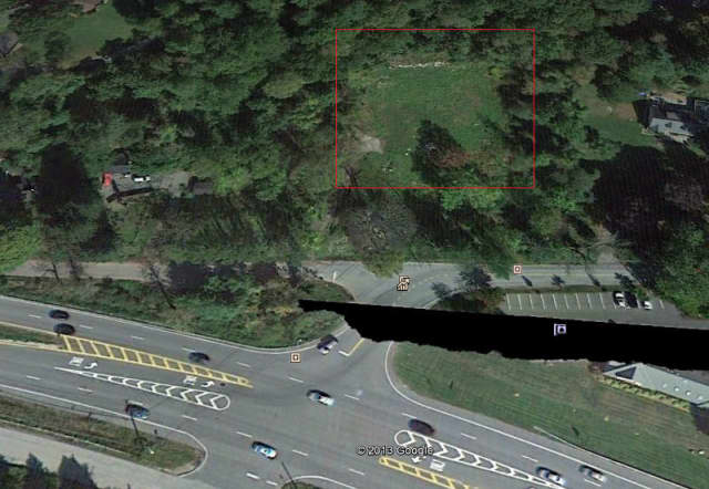 A vacant lot at 738 East Main Street in Shrub Oak (outlined in red) may be the future site of a group home for physically disabled residents.