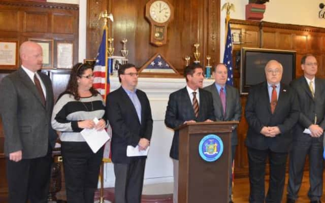 New York state Sen. Jeff Klein met with Pelham officials recently to announce creation of a database to protect Pelham's most vulnerable residents during weather emergencies.