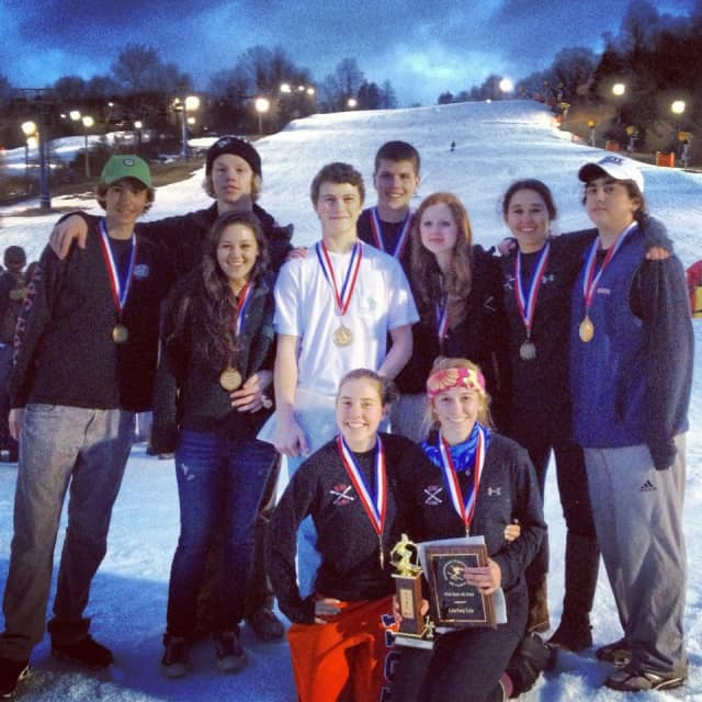 New Canaan's varsity ski team won its third straight state championship Monday.