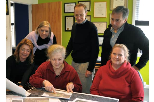 Pound Ridge's Committee for Green Streets discusses the Scotts Corners streetlight project.