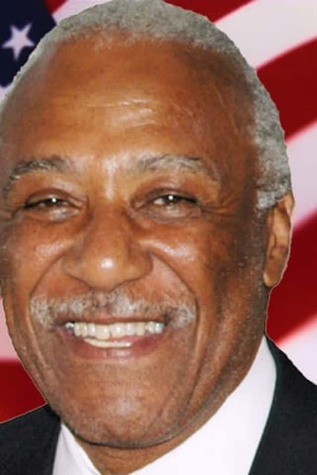 Four supporters of Mount Vernon Mayor Ernest Davis claimed they were fired unfairly in 2008 by Davis' predecessor.