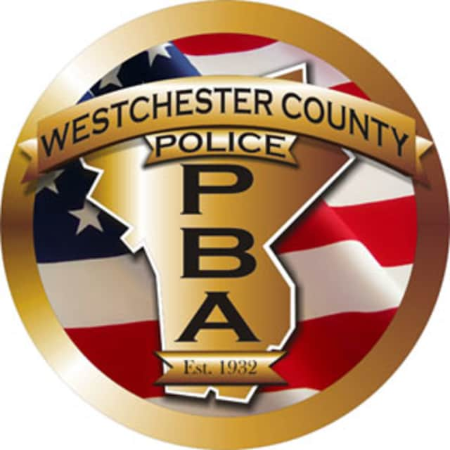 Westchester County Police have reported to the scene of an overturned vehicle on the Saw Mill River Parkway in Mt. Kisco.
