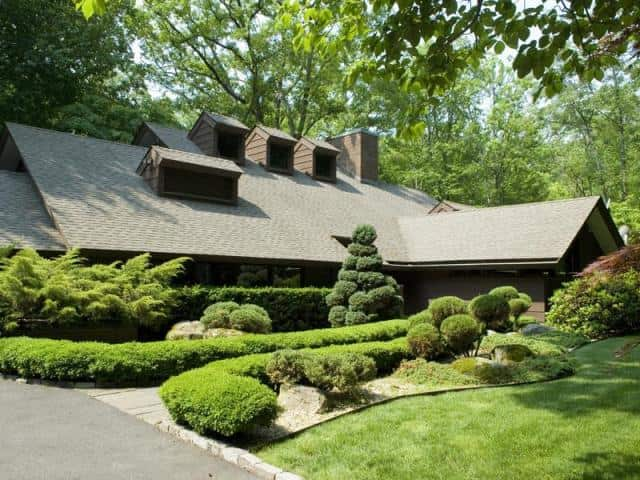 The home at 100 Greenley Road in New Canaan was recently sold.