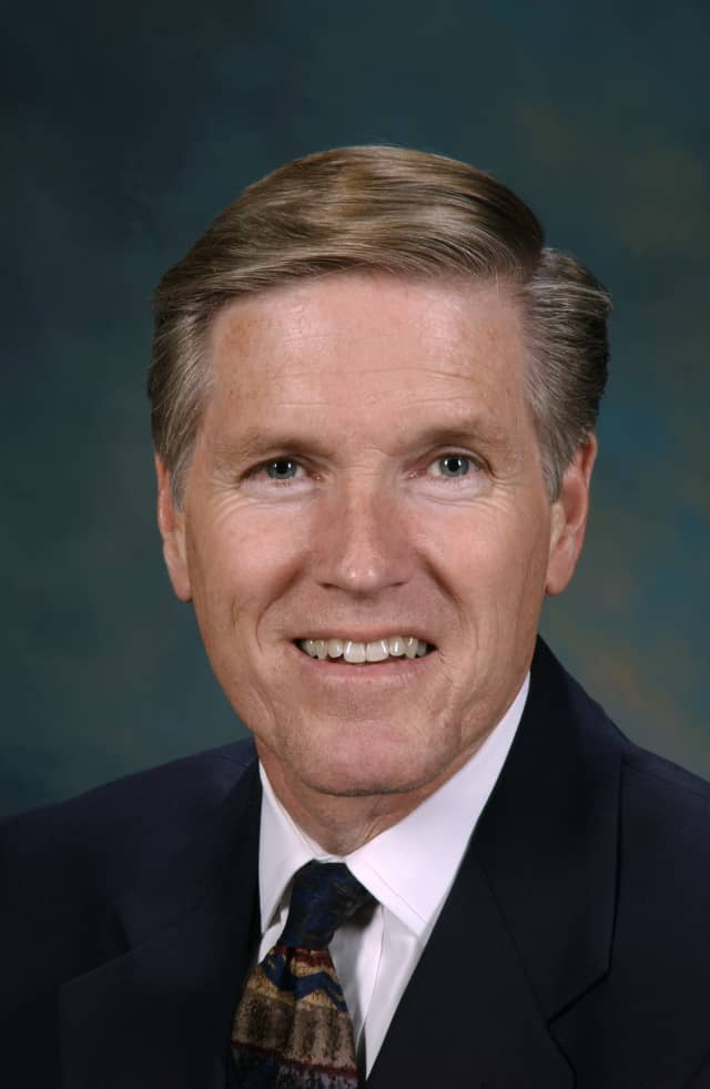 Boeing President Shephard W. Hill will speak at the Concordia College commencement in Bronxville.