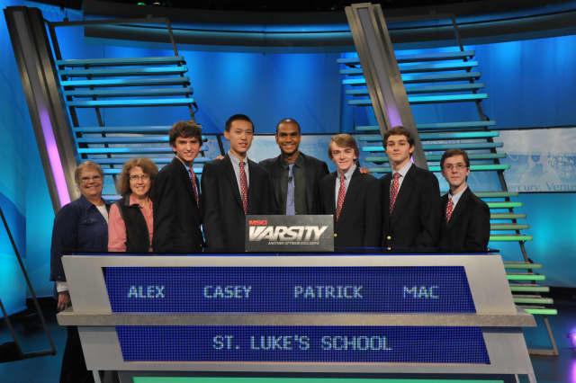 """(From Left) Academic Advisors, Kate Parker-Burgard and Elaine Greene, Alex Robertson, Casey Zhu, MSG Varsity """"The Challenge"""" Host, Jared Cotter, Patrick Quinn (Captain), Mac Zech, (Alternate) Sebastian Bates."""