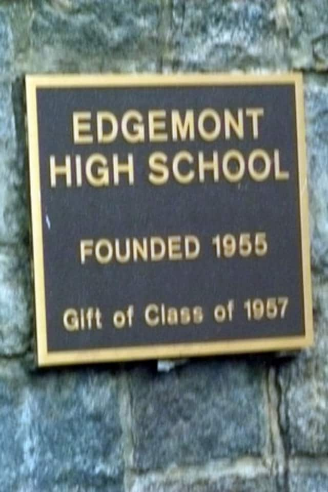 Edgemont Junior-High School was ranked 18th in the state and 104th nationally in U.S. News and World Report's Best High School rankings for 2013.