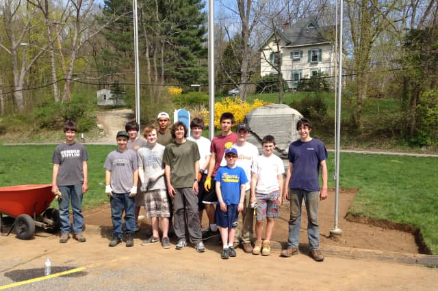 North Salem's Christopher Woloshyn led a team of volunteers at WEC's Veterans Memorial.