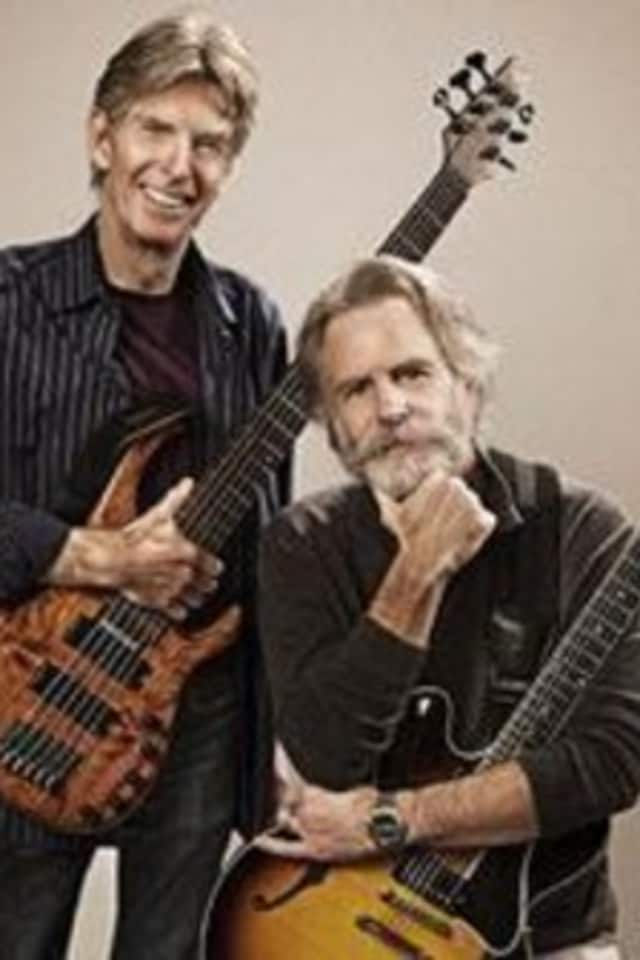 Phil Lesh and Bob Weir canceled the next performance of their band Further after Weir collapsed last week at the Capitol Theatre.