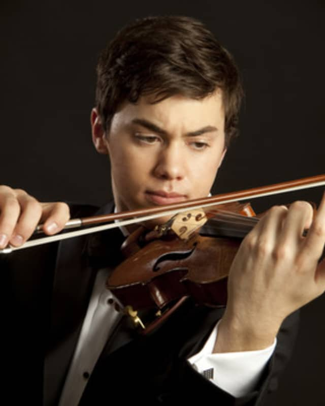 The Friends of Music Concerts Series ends its season on Saturday with violinst Benjamin Beilman.