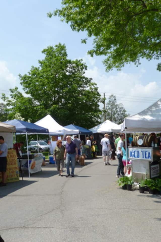The Chappaqua Farmers Market moves back outside the Chappaqua Train Station this Saturday, along with some new exclusive vendors.