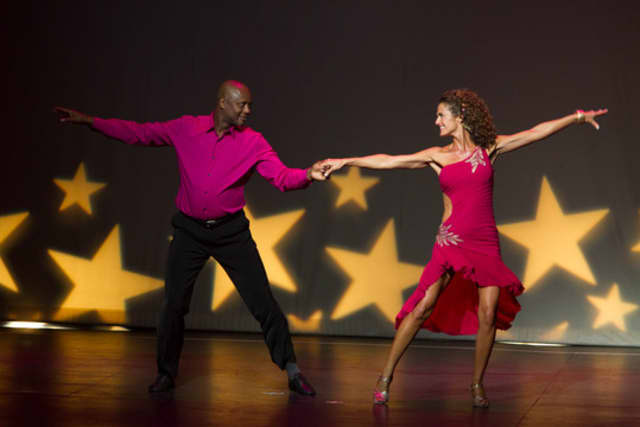 Dancing With The Stars Which Supports Curtain Call Theatre In Stamford