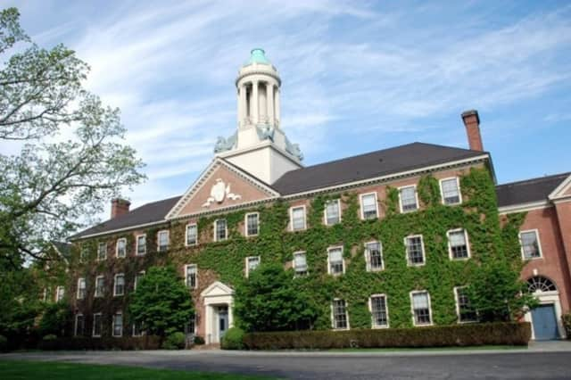 """""""Northern Westchester Farm to Institution Forum"""" will be held Tuesday, May 14 from 10 a.m. to noon in the Kisco Room at Chappaqua Crossing."""